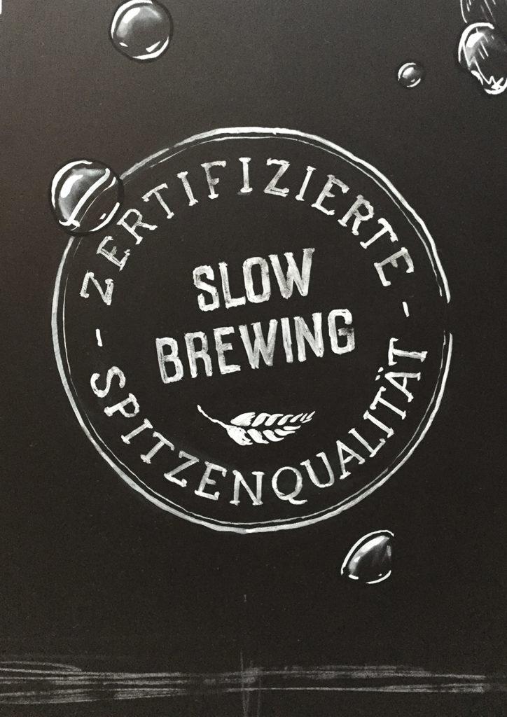 Brauerei Schützengarten, slow brewing, Zertifikat Schriftenmalerei, Wandbeschriftung, Aussenbeschriftung, hand gemalt, Kreidetafel, Tafelbeschriftung, Tafelmaler